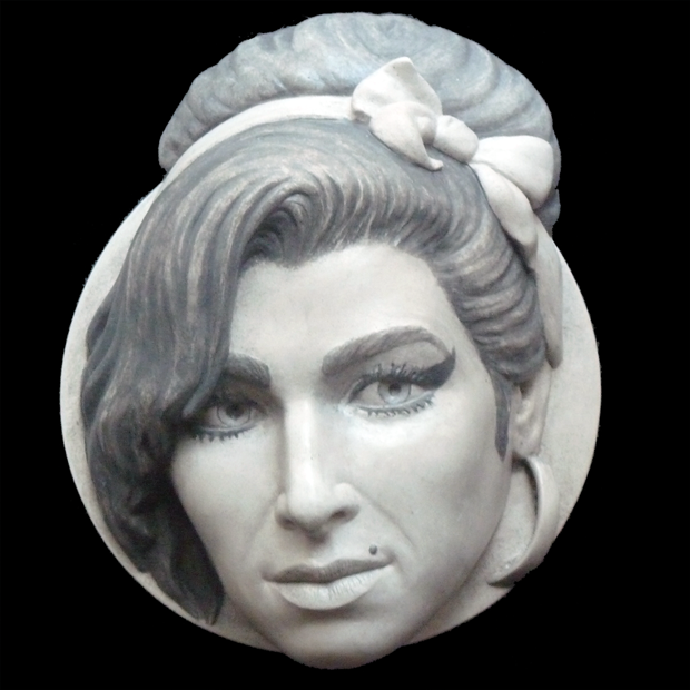Amy Winehouse Sculpture